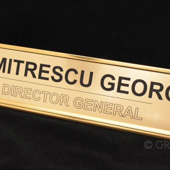 placa metalex pentru birou pe suport aluminiu cu sina