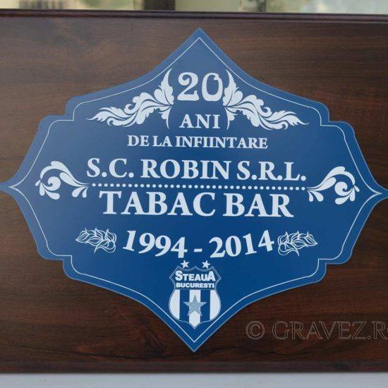 placa semnalizare pentru bar gravata in metalex, materiale speciale pe suport lemn