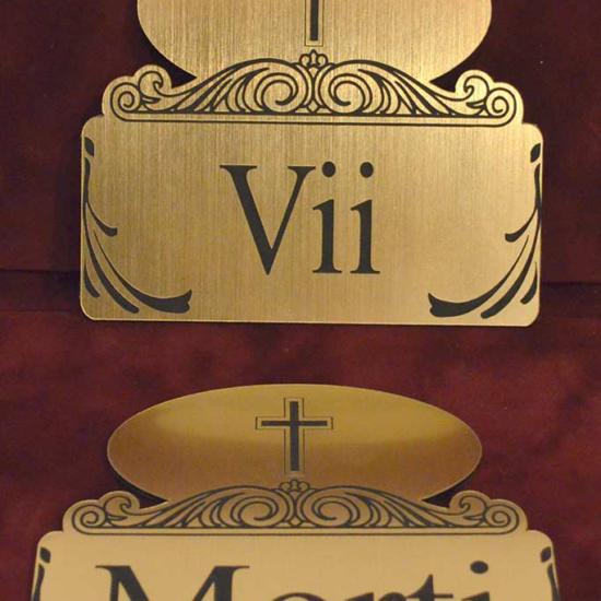 gravare placi_vii_morti pentru funerare si semnalistica din materiale speciale
